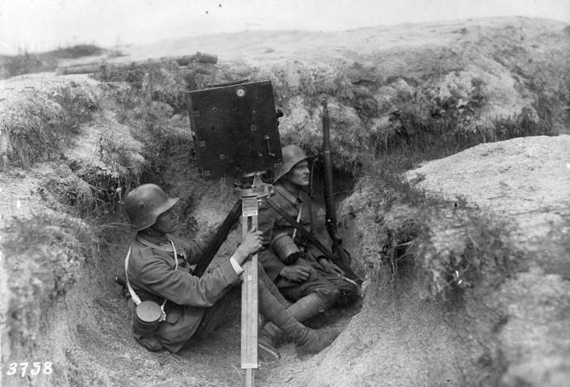 Kriegskinematograph im Ersten Weltkrieg.