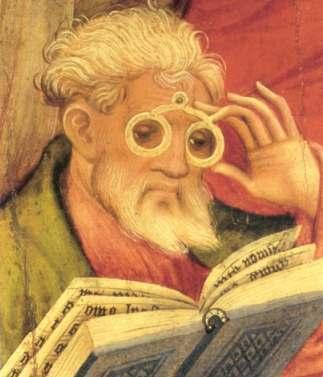 Dieser Apostel trägt eine Brille.