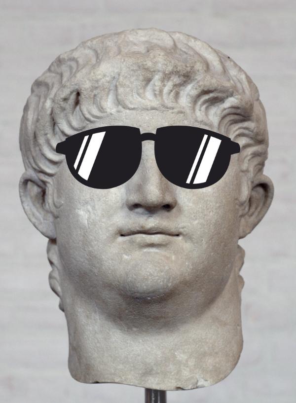 Büste Kaiser Neros mit einer Sonnenbrille (die Brille ist eine Montage).